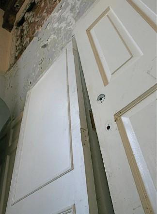 Beau Artists Refurbish Old Doors For The Upcoming SBDAC Exhibit.