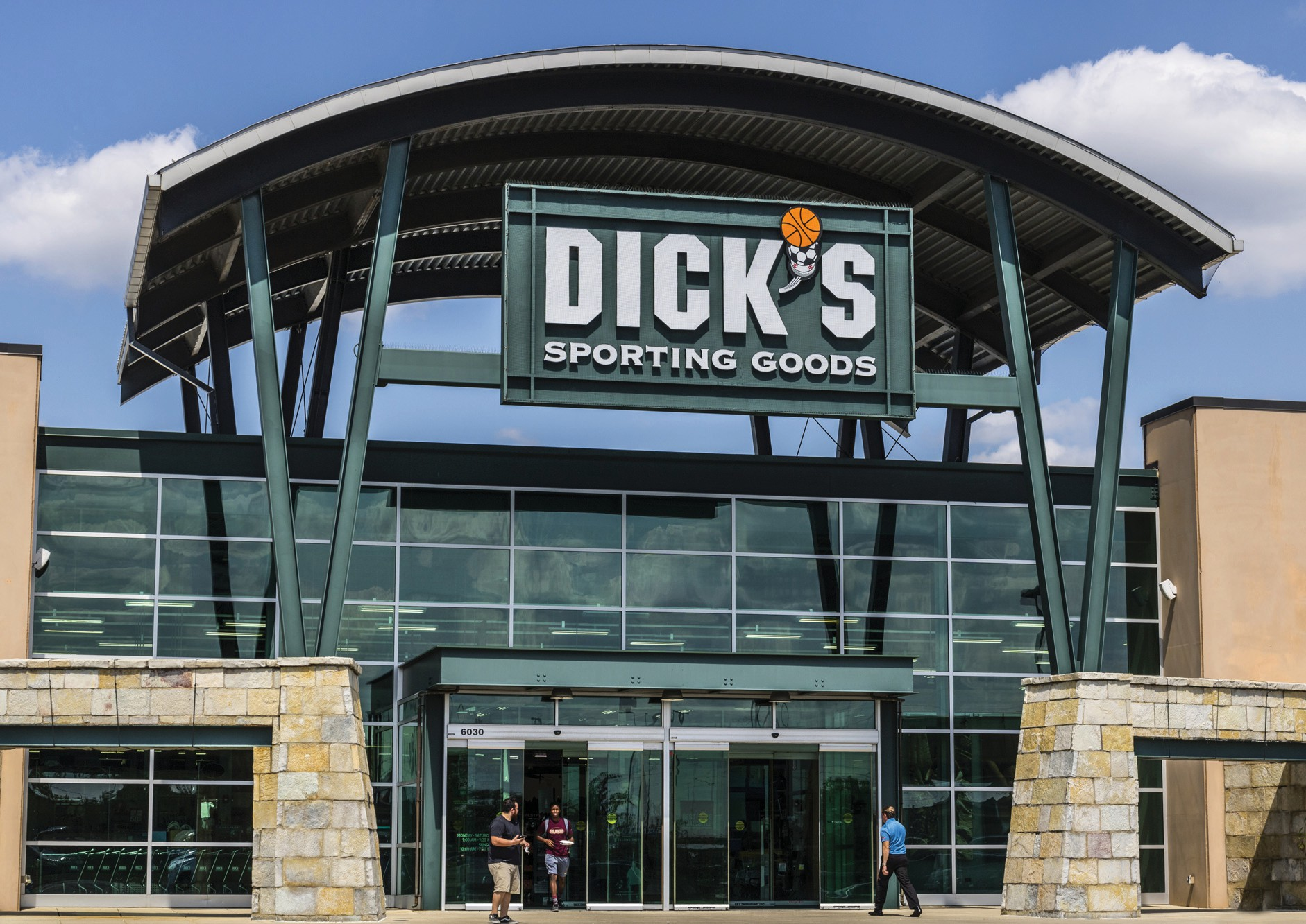 Stock Shorting Drives Up Dick S Sporting Goods Shares Price Fort