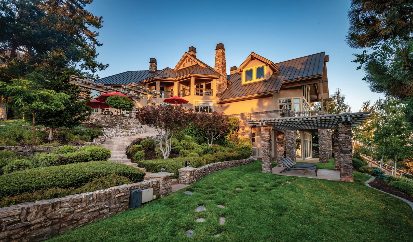 Lottery winner puts California mountaintop mansion on the