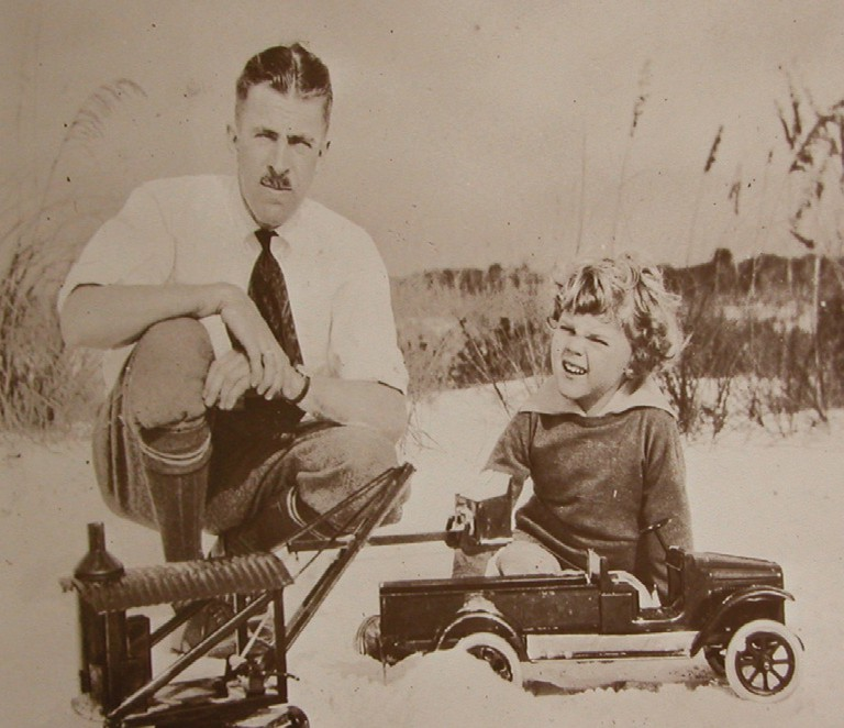 Frederick Keith and his father Edison, of Sarasota, 1925. COURTESY PHOTO